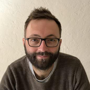 Luke Eve (director)